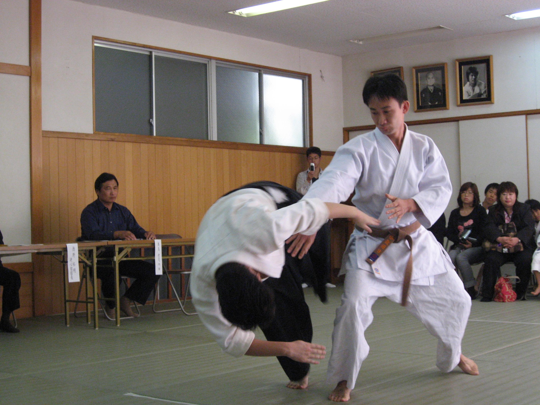 2006 10-9 研心館 演武会 2 005